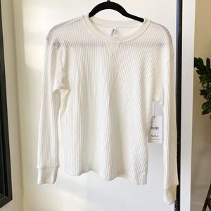 RVCA Cited White Long Sleeve Thermal Top sz XS nwt